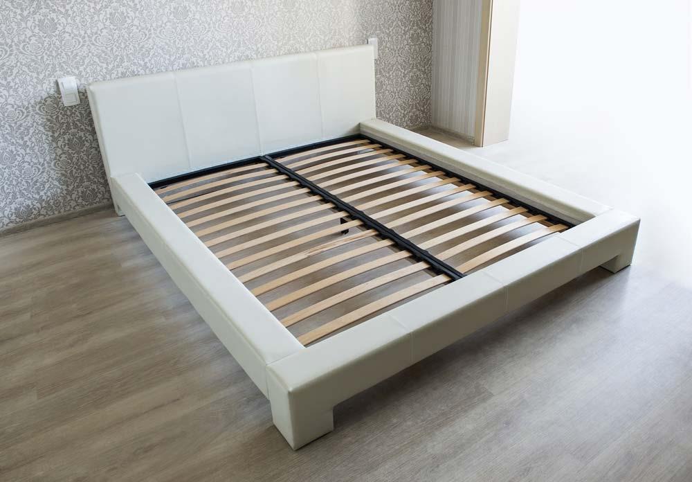 скрипит кровать или скрипят ламели